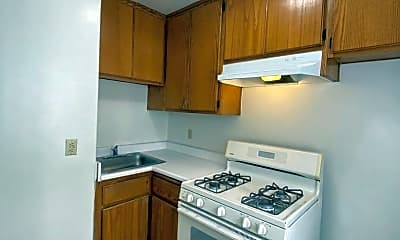 Kitchen, 637 S McDonnell Ave, 0