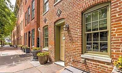 Building, 838 S Bond St, 1