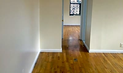 Bedroom, 519 W 189th St, 1