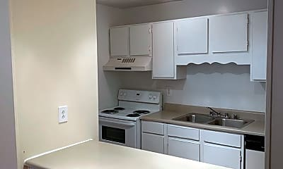 Kitchen, 906 Candlewood Dr NW, 2