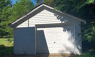 Building, 5117 E Brookfield Dr, 2