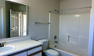 Bathroom, 4516 W. Franklin St., 2