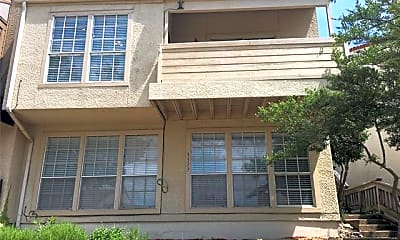 Building, 3323 Augusta Blvd, 0