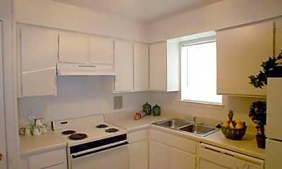 Westlake Village Apartments, 2