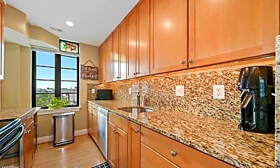 Kitchen, 1701 16th St NW, 2