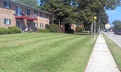 Pinebrook Village, 2