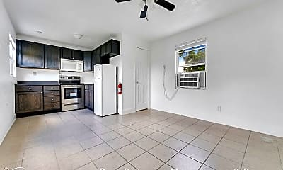Living Room, 653 Ololu - Unit B, 1