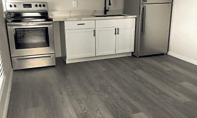 Kitchen, 925 E McKinley St, 0