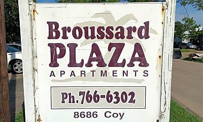 Broussard Plaza Apartments, 1