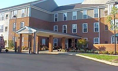 Building, Woods Edge Senior Apartments, 0