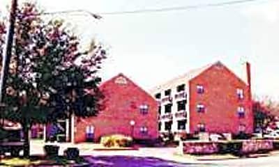 Four Park Place/Villas at Oak Run, 1