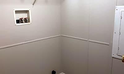 Bathroom, 237 Laurel Ln, 2