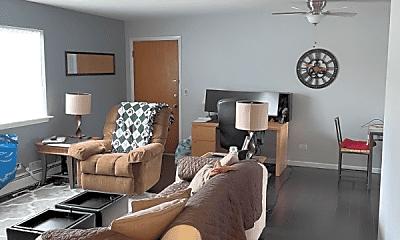 Living Room, 750 Chestnut St, 1