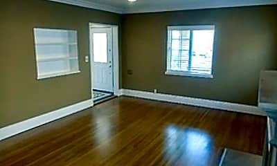Living Room, 1706 S Wooster St, 1