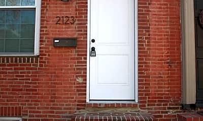 Building, 2123 E Fairmount Ave, 2