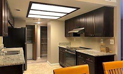 Kitchen, 4160 Gannet Cir 341, 2