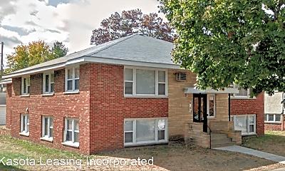Building, 2076 Como Ave, 0