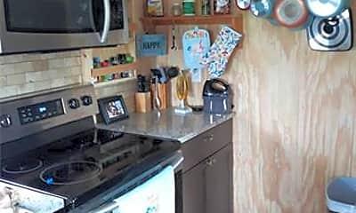 Kitchen, 333 Wilson Ct, 2