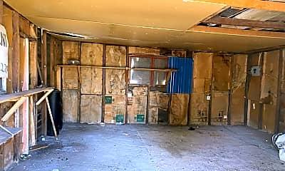 Living Room, 540 Moffat St, 2