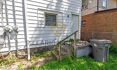 Community Signage, 706 N Bosart Ave, 2
