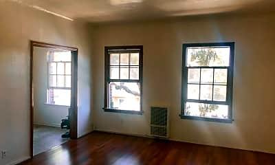 Living Room, 611 S. Cloverdale Avenue, 1