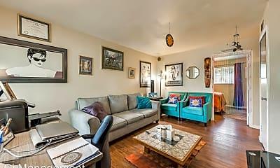 Living Room, 5825 Reiger Ave, 1