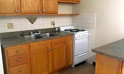 Kitchen, 1400 King Ave, 1