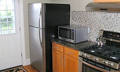 Kitchen, 30 Kent Pl Blvd 2, 1