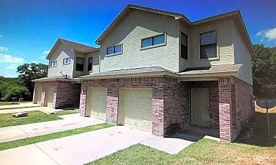 Building, 8128 W Elizabeth Ln, 1