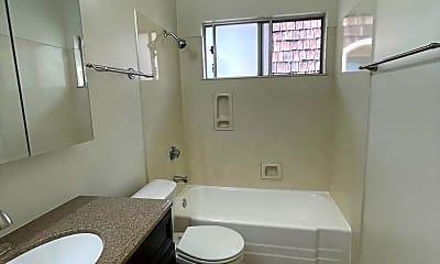 Bathroom, 221 N Belmont St, 2