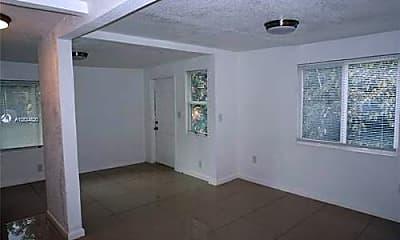 Kitchen, 285 NW 81st St, 1