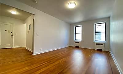 Living Room, 42-42 Judge St 6H, 1