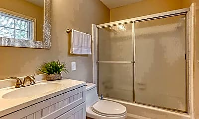 Bathroom, Room for Rent -  a 6 minute drive to bus stop West, 0