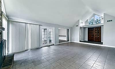 Living Room, 1607 Chestnut Ridge Rd, 1