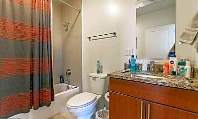 Bathroom, 4 Leverington Ave 101, 2