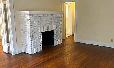Living Room, 3406 Berkeley Rd, 1