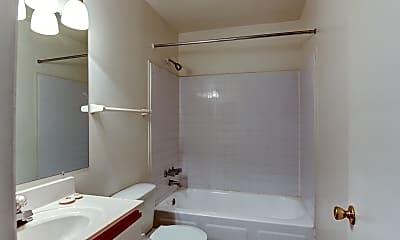 Bathroom, Townhomes Of Oakleys, 2