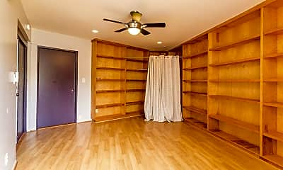 Living Room, 1279 Aupupu Pl, 2