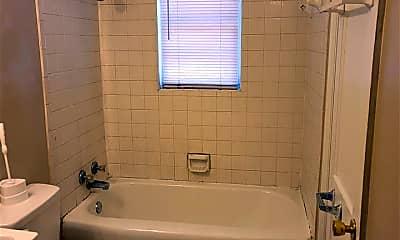 Bathroom, 613 Lenora St, 2