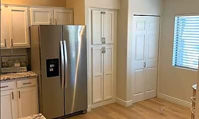 Kitchen, 16801 N 94th St 1011, 1
