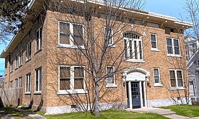 Building, 616 E 7th St, 2