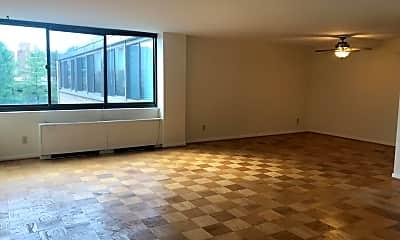 600 Roosevelt Blvd 615, 0