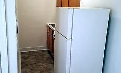 Kitchen, 4932 Nash St NE, 1