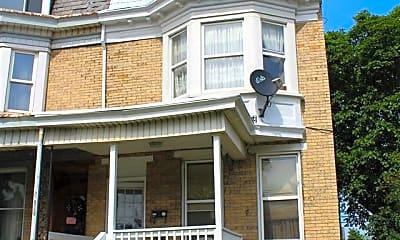 Building, 429 N George St, 0