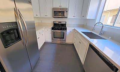 Kitchen, 5730 Vineland Ave 110, 1