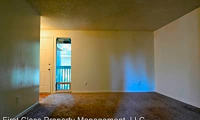 Living Room, 4628 Oakridge Rd, 1