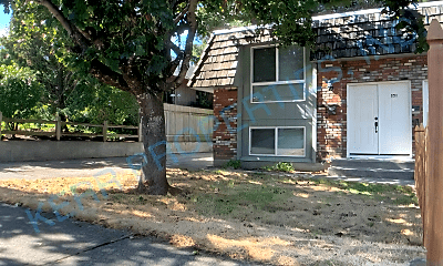 Building, 251 SE Kelly Ave, 0