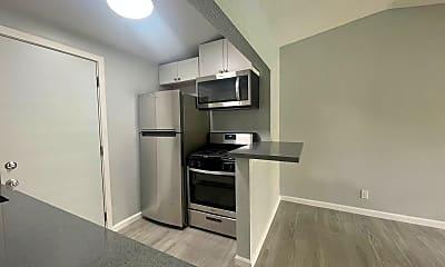 Kitchen, 511 East Chuckwalla Rd, 1