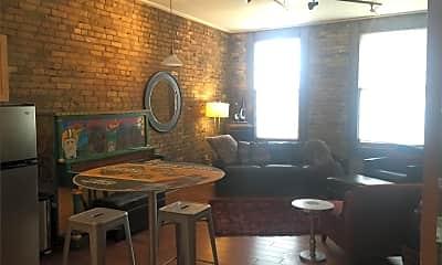 Kitchen, 305 N Broadway Dr, 1