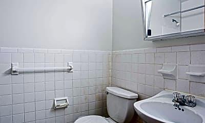 Bathroom, Stoneycrest Apartments, 2